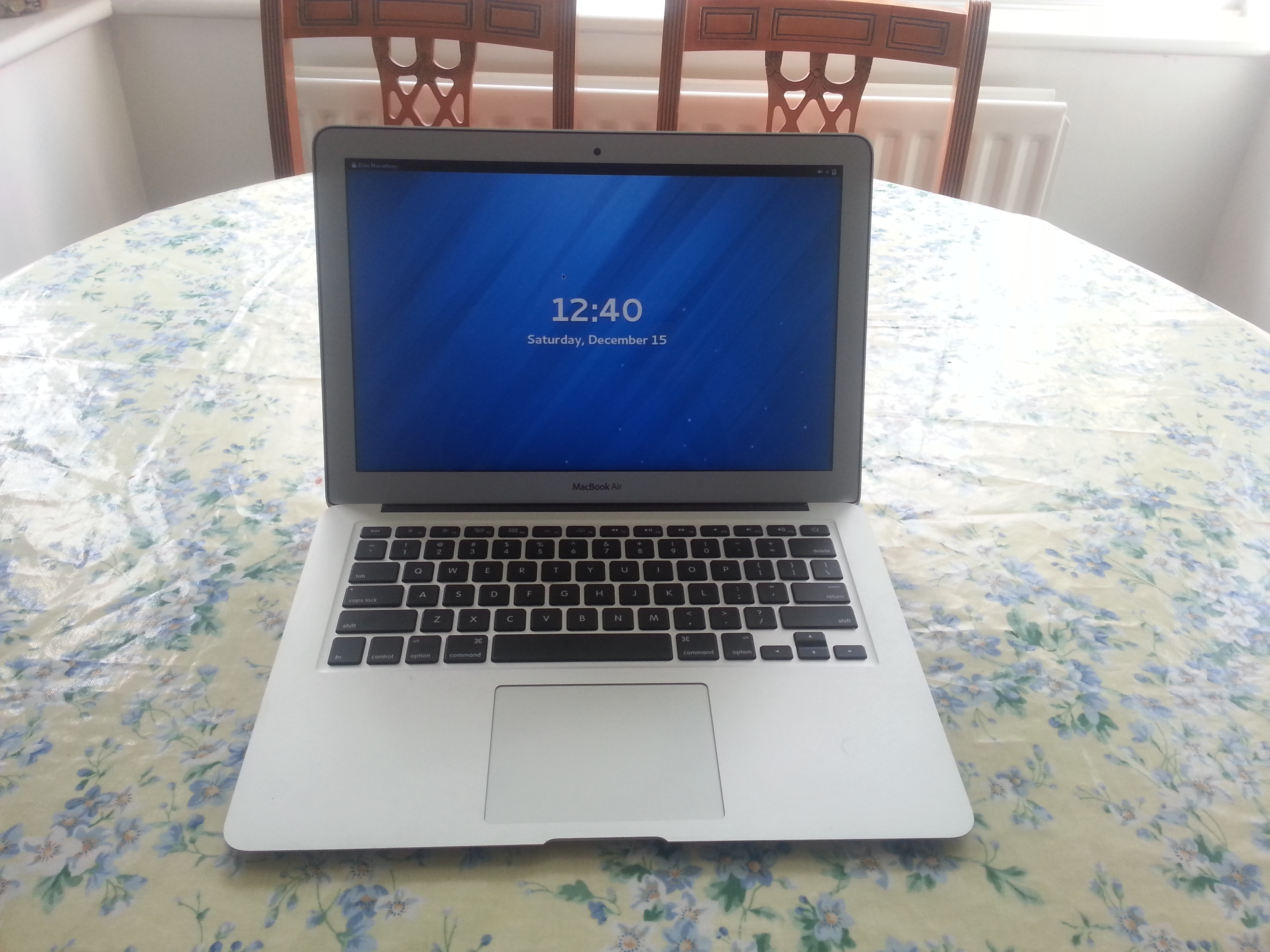 installing fedora on a macbook air mid